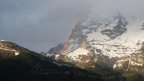 Kleine Scheidegg und Eiger Nordwand mit Regenbogen